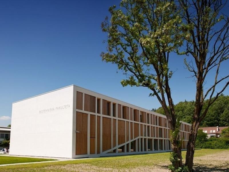 Slika 1: Biotehniška fakulteta Univerze v Ljubljani, © https://www.uni-lj.si/mma/Biotehni%C5%A1ka-fakulteta/2015081710334627/mid/