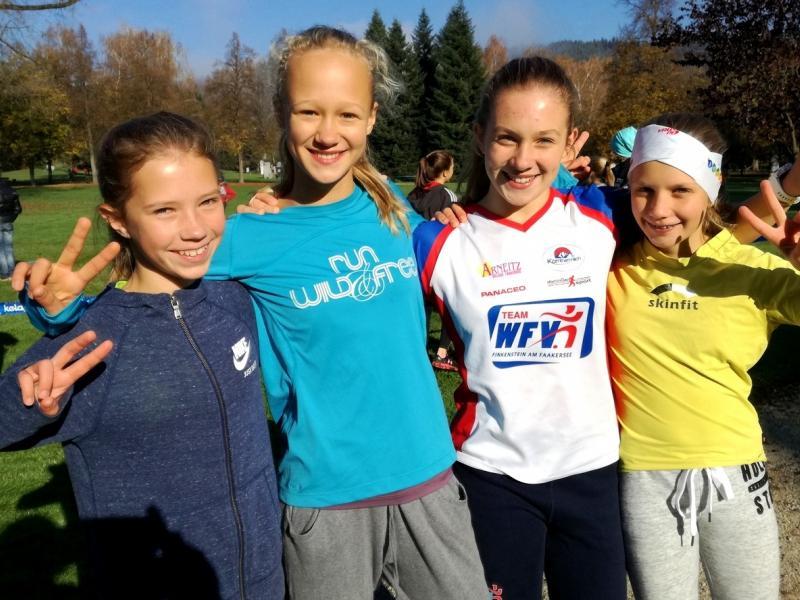Bild 2: Gruppenfoto der Mädchen, © Magdalena Kulnik