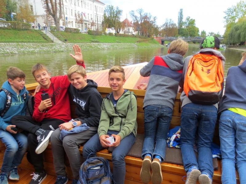 Bild 3: Schifffahrt auf der Ljubljanica, © Julia Schuster-Smrečnik