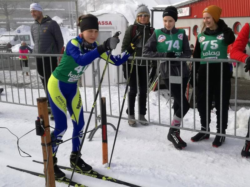 Bild 2: Sara Wutti beim Start, ©Magdalena Kulnik