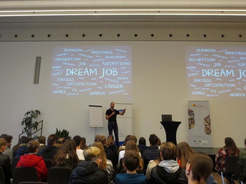 Slika 1: Motivacijski govor, ©Julia Schuster-Smrečnik
