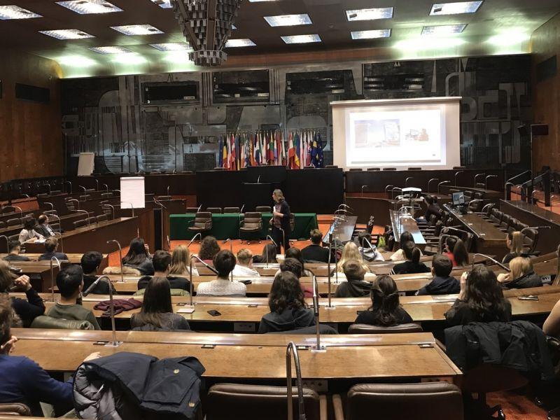 Slika 4: Stara dvorana Evropskega parlamenta, ©Monika Novak-Sabotnik