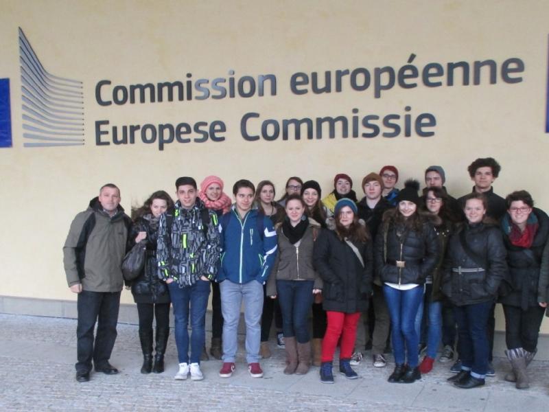 Slika 4: Pred sedežem evropske komisije
