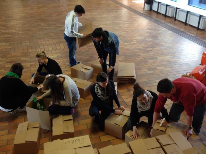 Bild 1: Spendenpakete für Familien in Podgorica
