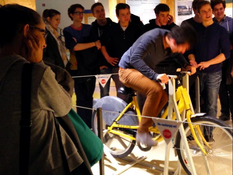 Slika 1: Tudi na kolesu ustvarimo tok!