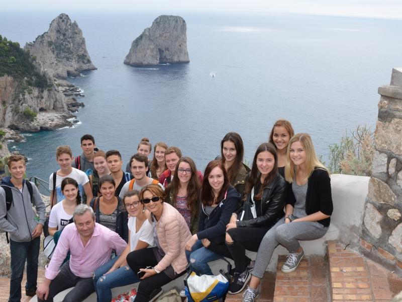 Bild 4: Gruppenfoto auf der Insel Capri, © Franc Krištof